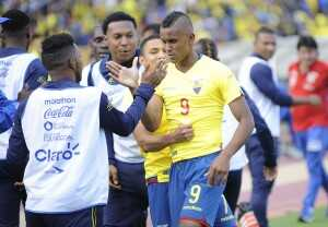 Fidel Martínez celebra gol