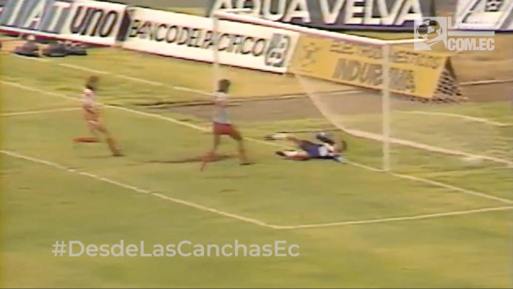 #REDiario | SEP90 | ¡Patricio 'Patogol' Hurtado marcaba su tercer triplete en nuestro fútbol!